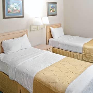 Vacation Rental Huge 4 Bdrm Condo Greensprings Resort Sleeps 12