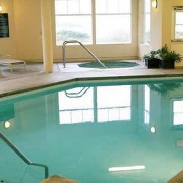 Oceanfront Lodge Ex Hampton Inn Suites Hotel Crescent City
