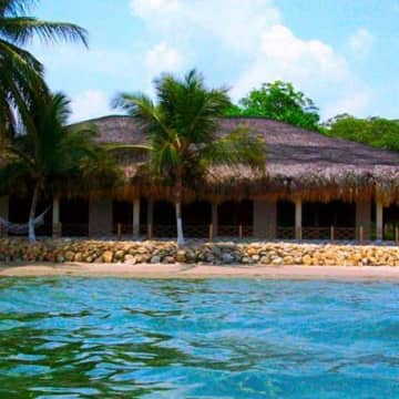Rustic Beach House Bora