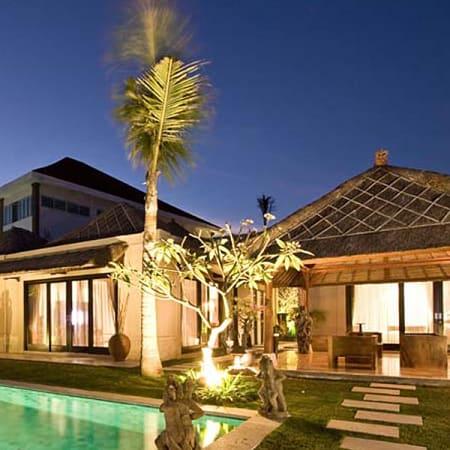Resort X2 Bali Breakers Resort Jimbaran Trivago Com