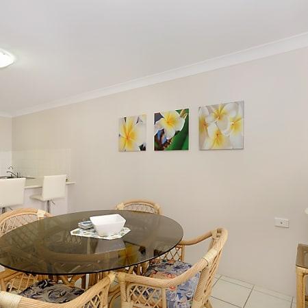 Vacation Rental Surfers Beach Surfers Paradise Trivago Stunning Q1 1 Bedroom Apartment Decor Plans