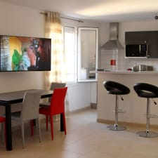T3 - New - Air-Conditioned - Seaside - Village Center - Beach 100M