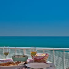 Beachfront Penthouse With Fabulous Sea View And Large Private Terrace - Wifi