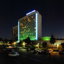 Hotel Persian Esteghlal International