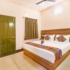 FabHotel Radha Residency Kottakuppam