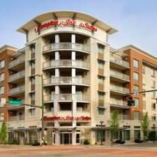 Hampton Inn & Suites Chattanooga - Downtown