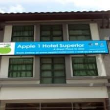 Hotel Apple 1