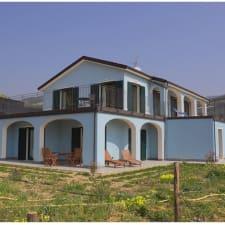 Azzurra Biricchina