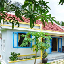 Local Beach Homestay