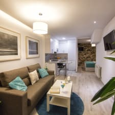 Bolboreta Suites Boutique Apartments
