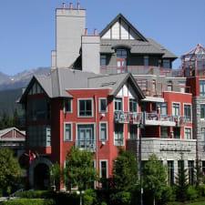 Alpenglow Lodge por Alojamiento en MountainView