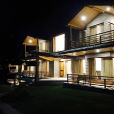 Baragarh Resort and Spa, Centrally Heated Mountain Side Resort, Manali