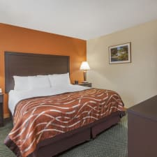 Baymont Inn & Suites Midland Michigan