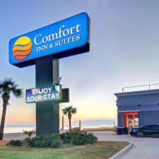 Comfort Inn & Suites Beachfront