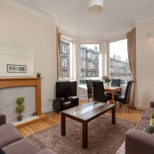 Well Located Apartment Close To Royal Mile And City Centre Attractions