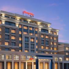 Hampton By Hilton Astana Triumphal Arch