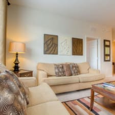 Quaint And Quiet, The Perfect Orlando Getaway Awaits In This Luxurious Unit.