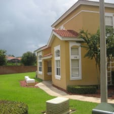 4 Bedrm Townhome Near Disney, 2 Master Suites In A Secure Gated Resort Free Wifi