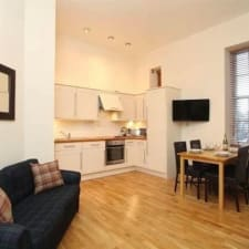 Beautiful Apartment In Converted 19th Century Schoolhouse In City Centre