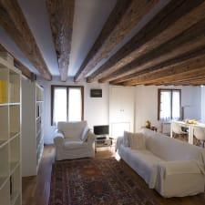 Comfortable Venetian apartment