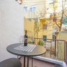 3 Apartments, Principe Real, 1 Bedroom/1 Bathroom, Quiet, Wi-Fi, Cable, Terrace