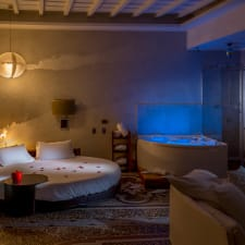Hotel SuiteSistina for Lovers