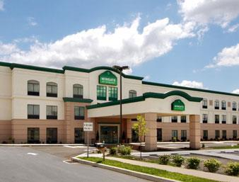 Hotel Wingate by Wyndham Lancaster PA Dutch Country