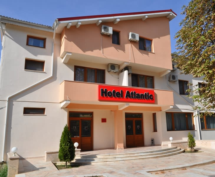 Hotel Atlantic Adjud Trivago Ro
