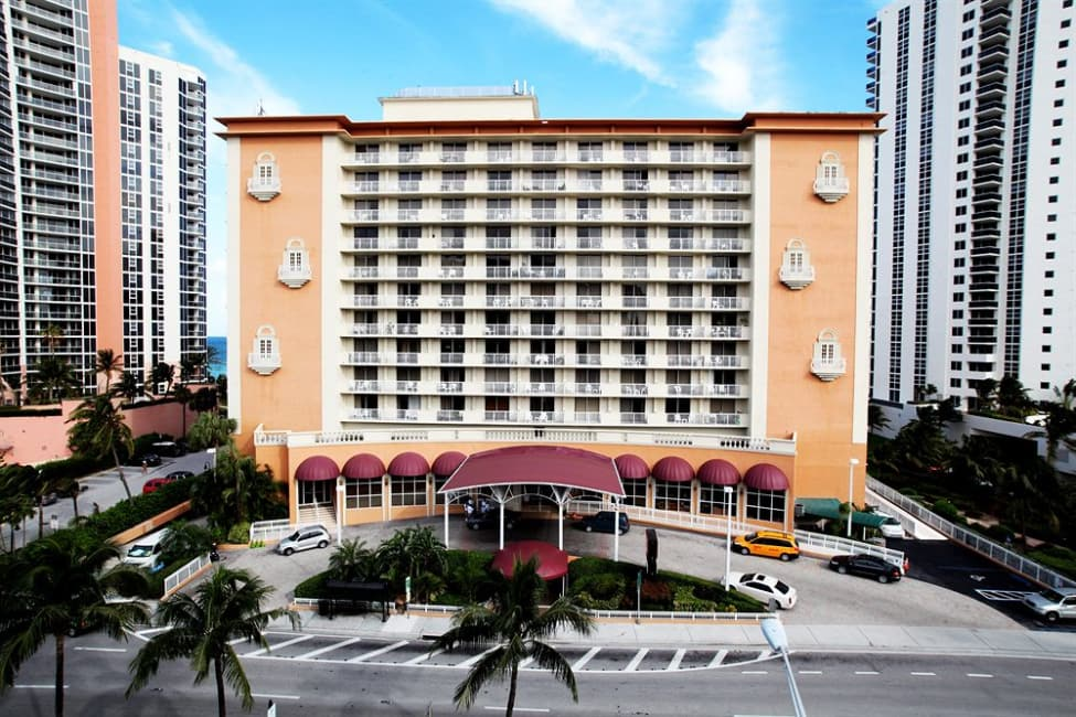 Ramada Plaza Marco Polo Beach Resort Florida Trivago