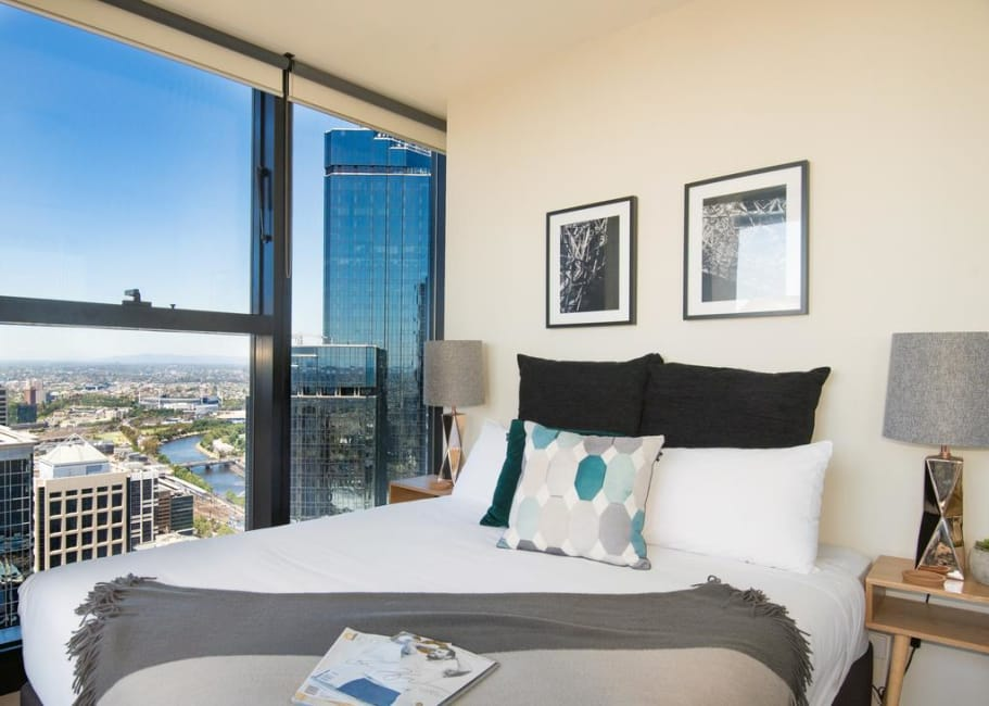 Serviced apartment Sunshine Apartments Melbourne Collins ...